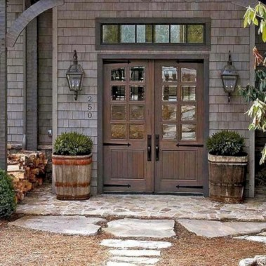 Rustic farmhouse front porch decorating ideas 41