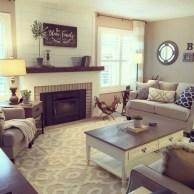 Rustic farmhouse living room decor ideas 10