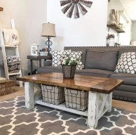 Rustic farmhouse living room decor ideas 27