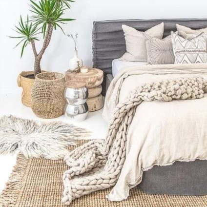 Easy ways to lighten up a room for summer 04