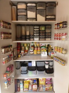 Kitchen pantry ideas with form and function 31