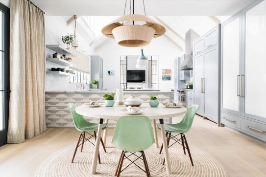 Stunning ways to re-decorate your dining room 46