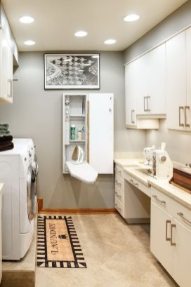 Beautiful and functional laundry room design ideas to try 41