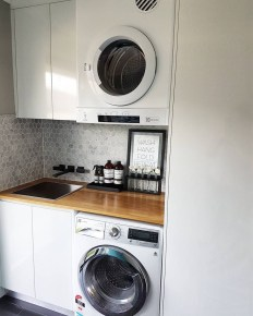 Beautiful and functional laundry room design ideas to try 49