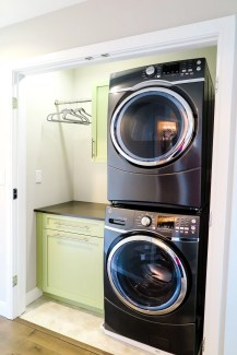 Laundry room design ideas that will maximize your small space 28