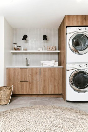 Laundry room design ideas that will maximize your small space 41