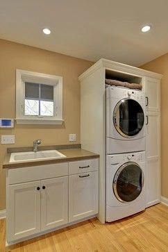 Laundry room design ideas that will maximize your small space 43