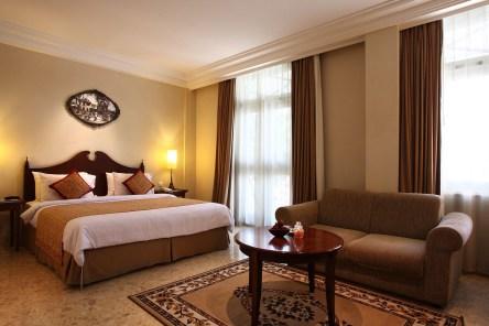 Luxury master bedroom design ideas for better sleep 36