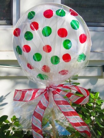Diy holiday projects using dollar store ornaments 09