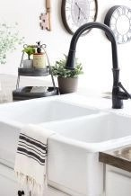 Top farmhouse sink designs for your lovable kitchen 35