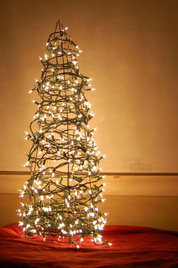Beautiful diy christmas light decoration ideas 40