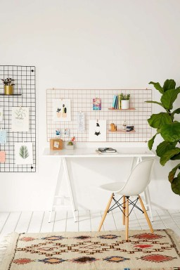 Best diy decor ideas for your home using wire wall grid 21