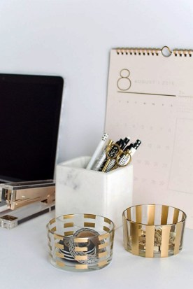Best ways to revamp your desk 40