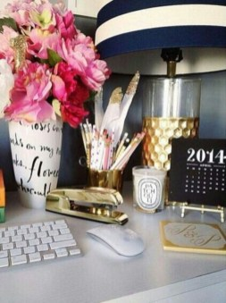 Best ways to revamp your desk 49