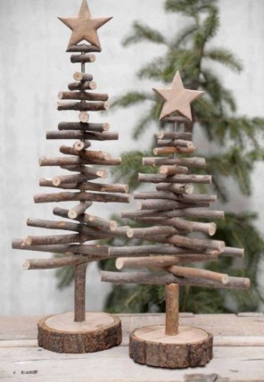 Creative diy rustic christmas decorations with wood 02