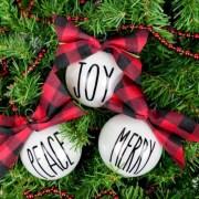 Creative diy farmhouse ornaments for christmas 14