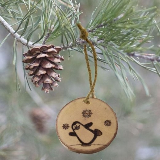 Creative diy farmhouse ornaments for christmas 37