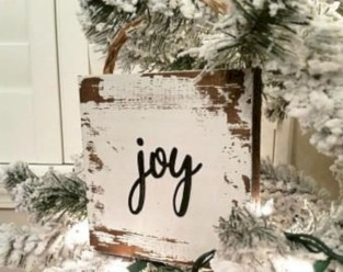 Creative diy farmhouse ornaments for christmas 51