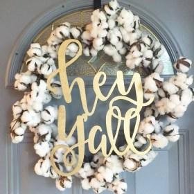 Diy christmas wreath ideas to decorate your holiday season 21