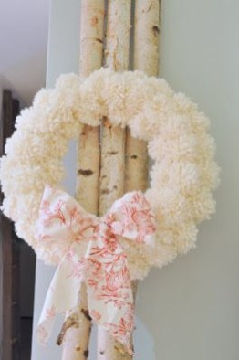 Diy christmas wreath ideas to decorate your holiday season 31