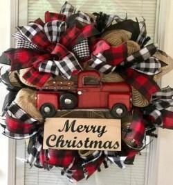 Diy christmas wreath ideas to decorate your holiday season 40