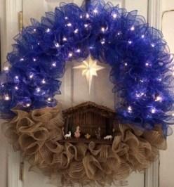 Diy christmas wreath ideas to decorate your holiday season 42