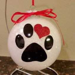 Diy glass ornament projects to try asap 24