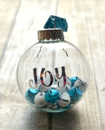 Diy holiday projects using dollar store ornaments 02