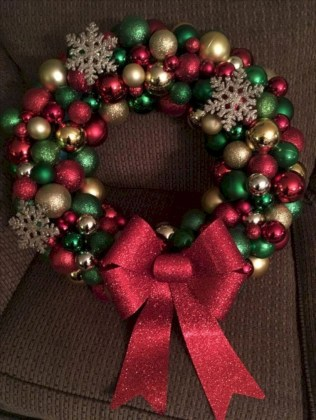 Diy holiday projects using dollar store ornaments 17