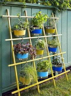 Inspiring vertical garden ideas for your small space 19