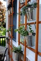 Inspiring vertical garden ideas for your small space 33