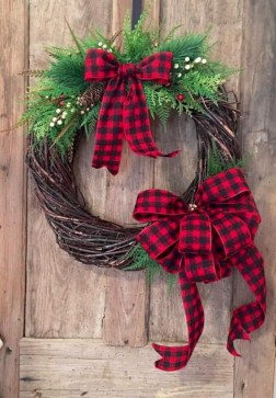On a budget diy christmas wreath to deck out your door 47