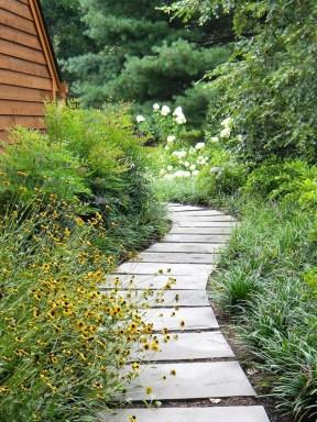 Pathway design ideas for your garden 03