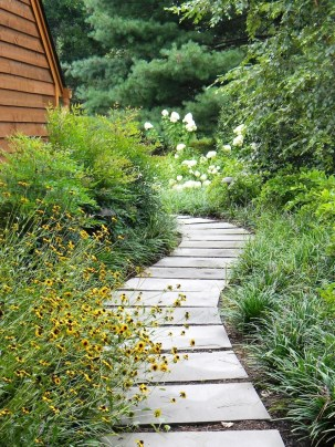 Pathway design ideas for your garden 03