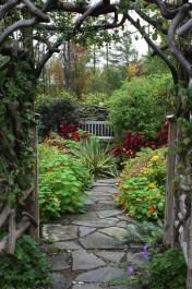 Pathway design ideas for your garden 18