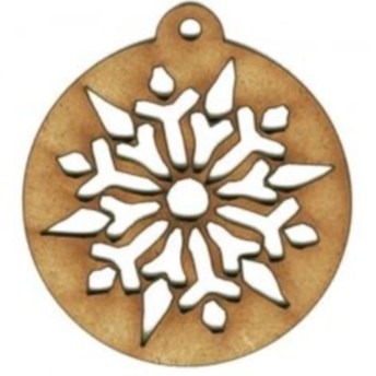 Ways to decorate your home with snowflakes and baubles 16