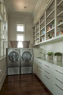 Beautiful and functional small laundry room design ideas 24