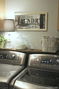 Beautiful and functional small laundry room design ideas 27