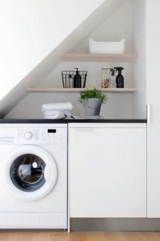 Beautiful and functional small laundry room design ideas 34