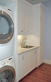 Beautiful and functional small laundry room design ideas 49