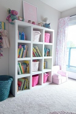 Built-in bathroom shelf and storage ideas to keep your bathroom organized 06