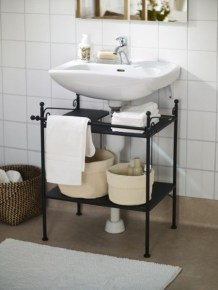 Built-in bathroom shelf and storage ideas to keep your bathroom organized 46