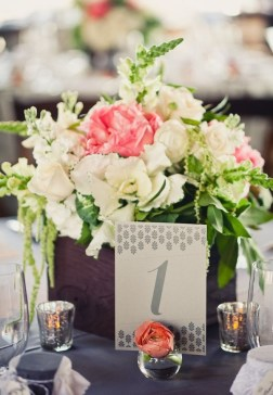 Charming rustic centerpieces that will fill up your tables 15
