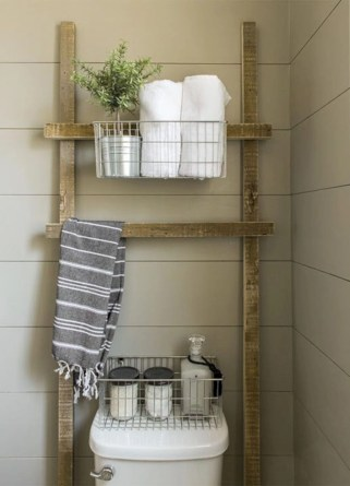Hanging bathroom storage ideas to maximize your small bathroom space 12
