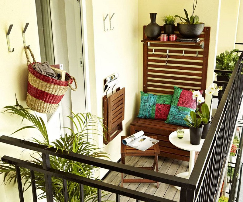 Apply Durable Outdoor Furniture
