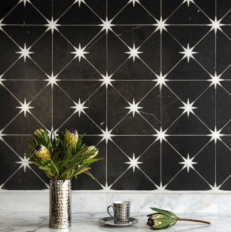 Cooking Space With Twinkling Backsplash