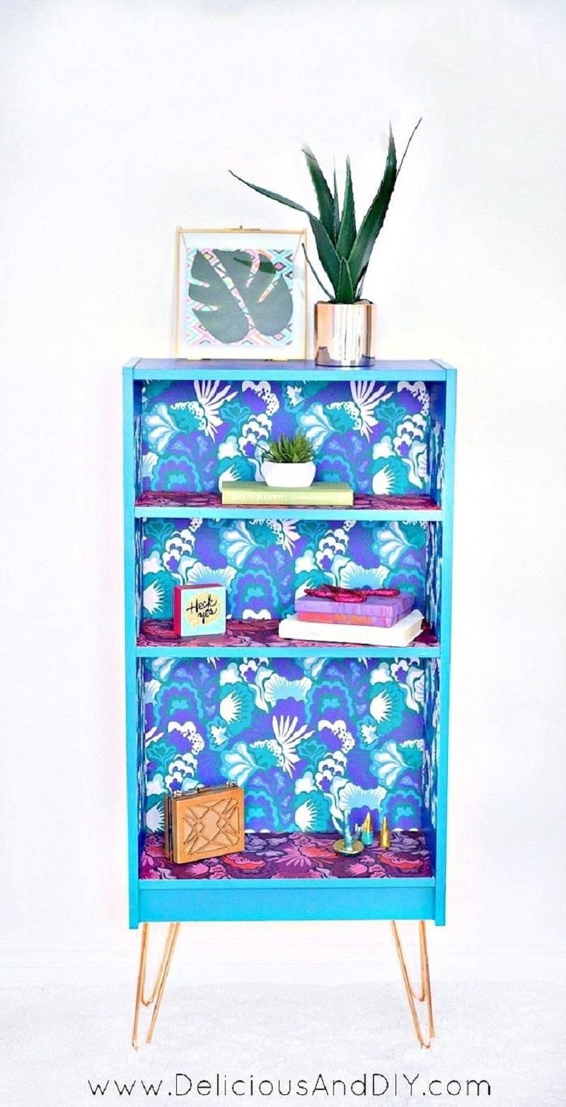 DIY Super Bright Bookcase