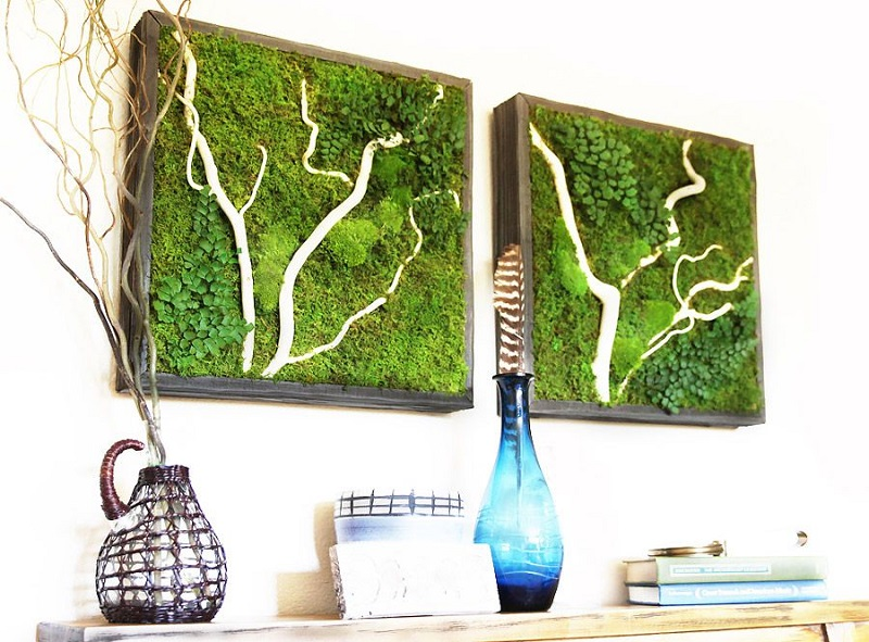 Entryway With Moss Wall Art
