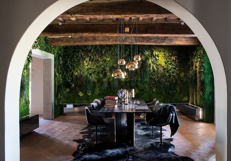 Moss Wall in a Dining Room