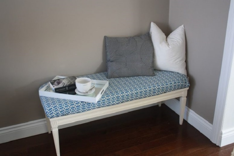Vintage Coffee Table Into Bench